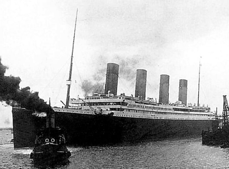 Titanic on sail switch