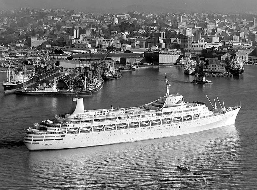 Canberra S Construction Amp Her Sailing History From 1961 To