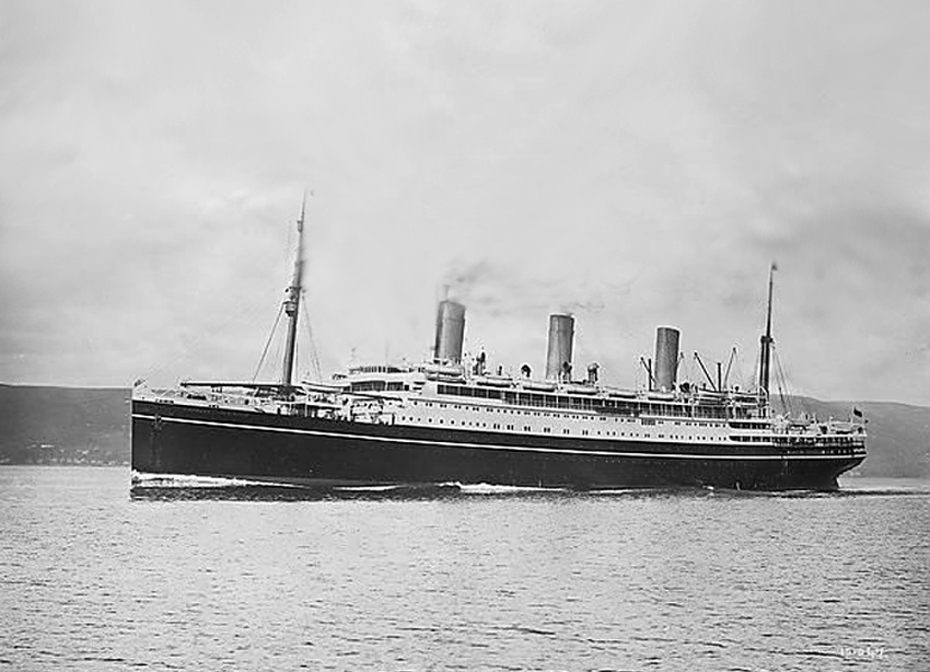 Photo Vancouver Ship Empress of Japan Canada 1910s