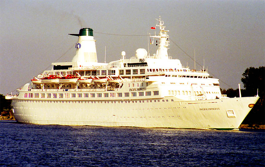 MS PACIFIC PRINCESS Ship Of The Week The Trek BBS - Love boat cruise ship