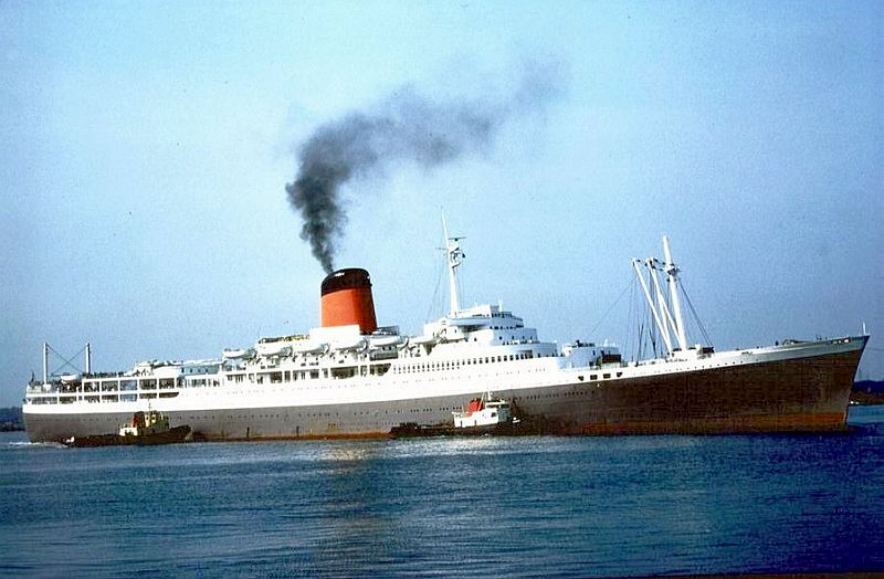Rms Pendennis Castle Paul Williams Sails On Her In 1975